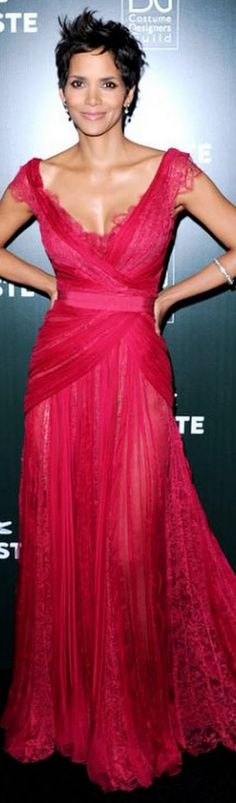 Halle Berry in Elie Saab and a perfect, spiky hairdo.
