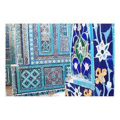 Inspiration is literally on every corner! #Uzbekistan #inspiration #Lemiche . . . #saturdayinspiration #colors #beautifulplace #mosaic #architecture #travel #vacation #vacationdestination #readyforvacation #amazing #beautiful #photooftheday #instainspiration #setthemood #mood #travelling #tiles #uzbek #samarkand #amazing #placetobe #bucketlist #viaje #inspiracion #quieroir #travelwithstyle #style