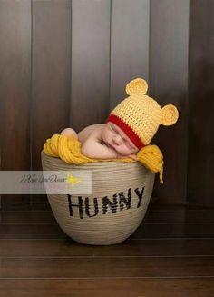 Winnie-the-Pooh Newborn photography www.,Winnie-the-Pooh Newborn photography www. Winnie-the-Pooh Newborn photography www. Foto Newborn, Baby Boy Newborn, Newborn Pictures, Baby Pictures, Baby Boy Photos, Photo Bb, Winnie The Pooh Nursery, Baby Boy Photography, Urban Photography