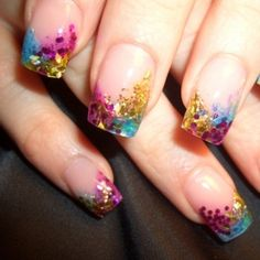 pretty fingernail designs | ... Glam: Style Me Pretty: Festive, Polka Dots and Elegant Nail Designs