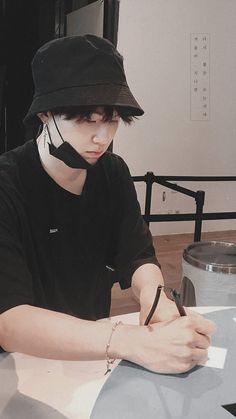 ⌗bts: ყ oo ᥒ gι r ι tιo ᥒ s ★ 彡 - ↠ Wo schreibe / erzähle ich, wie es wäre, eine Beziehung zu Min YoonG zu haben … # Fa -
