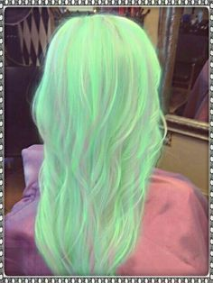 39 Ideas Hair Color Unique Green For 2019 Neon Hair, Pastel Hair, Mint Hair, Love Hair, Gorgeous Hair, Beautiful Beautiful, Grey Balayage, Blonde Ombre Hair, Bright Hair