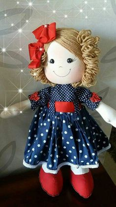 Simple Fabric Crafts You Can Make From Scraps - Diy Crafts Doll Clothes Patterns, Doll Patterns, Homemade Dolls, Sewing Dolls, Waldorf Dolls, Doll Hair, Soft Dolls, Doll Crafts, Fabric Dolls