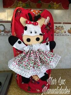 Baby Car Seats, Doll Clothes, Crochet Hats, Lily, Dolls, Children, Handmade, Ideas Para, Tapas