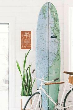 Surfboard Brands, Surfboard Decor, Japanese Home Decor, Japanese House, Home Interior, Interior Decorating, Interior Livingroom, Cheap Modular Homes, Beach Chic Decor