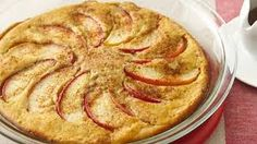 Apple oven baked pancake - No flipping needed! A family-size oven pancake is ready to eat in just 30 minutes. Oven Baked Pancakes, Baked Apple Pancake, Best Pancake Recipe, Pancakes And Waffles, Pancake Recipes, Puff Pancake, Dutch Pancakes, Pancake Muffins, Apple Breakfast