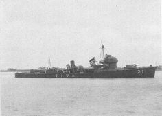 Destroyer Hatsushimo, date and location unknown. Note number 21 on the hull - Destroyer Squadron 21 (第21駆逐隊). CV-16