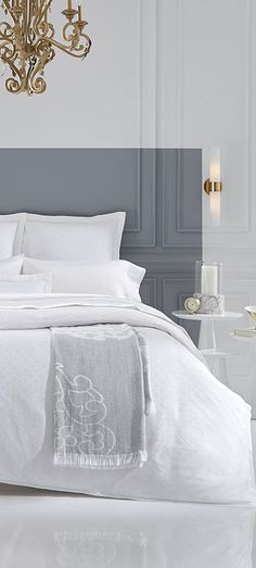 SFERRA Giza 45 Collections are their finest bedding sheets, weaving together the rarest of Egyptian Giza 45 cottons. This highly prized cotton creates a soft, silken-smooth, light yet resilient fabric that is simply unmatched. White Bedding, Bedding Sets, Luxury Bedding Collections, Living Room White, Duvet Cover Design, Luxurious Bedrooms, Interior Design Inspiration, House Design, Giza
