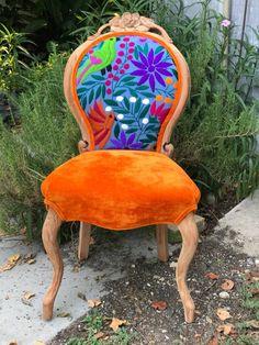 Unique Chair Design You Can Copy 11 furniture Funky Furniture, Classic Furniture, Unique Furniture, Shabby Chic Furniture, Plywood Furniture, Furniture Projects, Cottage Furniture, Furniture Shopping, Furniture Design