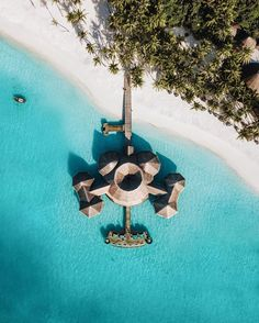 Maldives Resort, Holiday Resort, South Of France, Drone Photography, All About Time, Ocean, Photo And Video, Nature, Sand House