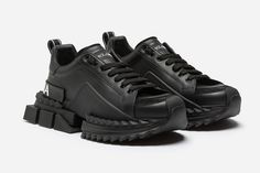 돌체 앤 가바나 슈퍼 킹 스니커 dolce gabbana super king Shoes 2016, New Shoes, Men's Shoes, Shoes Sneakers, Winter Sneakers, High Top Sneakers, Dolce Gabbana Sneakers, Korean Street Fashion, Types Of Shoes