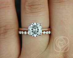 Rose gold band with a diamond and different wedding band. Still kind of want a halo around diamond tho! Bling Bling, Perfect Wedding, Dream Wedding, Gold Wedding, Wedding Hair, Bridal Hair, Wedding Reception, Wedding Dresses, Engagement Ring Photos