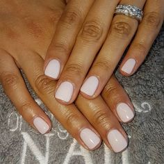 Nail art is a very popular trend these days and every woman you meet seems to have beautiful nails. It used to be that women would just go get a manicure or pedicure to get their nails trimmed and shaped with just a few coats of plain nail polish. Hair And Nails, My Nails, Opi Gel Nails, Opi Gel Polish, Gel Manicures, Oval Nails, Hair Gel, Manicure Y Pedicure, Mani Pedi