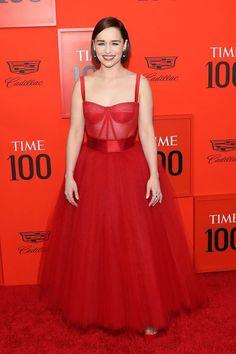 56f4d83167 18 adoráveis imagens de Vestidos no tapete vermelho