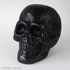 Black glittered skull on Torie jayne