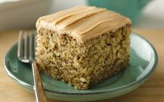 Banana nut sheet cake with peanut butter frosting. Banana and peanut butter come together in a homemade cake that feeds a crowd. Sheet Cake Recipes, Frosting Recipes, Sheet Cakes, Icing Recipe, Food Cakes, Banana Nut Cake, Banana Cinnamon, Cinnamon Cake, Banana Cupcakes