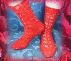 Носочки, р-р 23-й Red Color, Socks, Inspiration, Ideas, Fashion, Biblical Inspiration, Moda, Fashion Styles, Sock