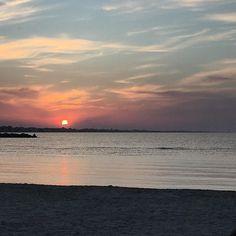 #sunset#tramonto#rimini#tramontorimini#aperitivo#aperitivando#mare#relax#nuvole#sole#nature#nature_perfection#naturephoto#sunsetbeach#sunshinestate#sunsetbeachrimini# by piergi_87
