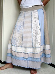 Turnaround Designs upcycled tshirt skirt. I'd like to try with sweatshirts