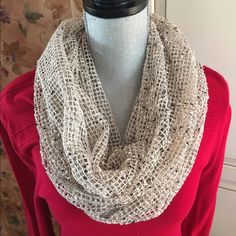 infinity scarf  Like new, never been worn. Smoke and pet free home. Accessories Scarves & Wraps