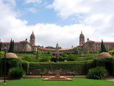 Union Buildings, Pretoria, South Africa Another place to stop off and call back the past. Been there many times when I grew up in Pretoria. Beautiful Dream, Beautiful Places, Beautiful Homes, Safari, Namibia, Port Elizabeth, Sun City, Pretoria, My Land