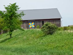 Barn Quilts: Barn Quilts of Shawano County,Wisconsin