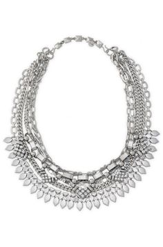 Find the best of fashion jewelry at Stella & Dot, like our Sutton silver statement necklace. Make a stunning appearance in long necklaces from Stella & Dot.