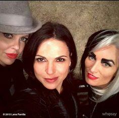 #OnceUponATime #LanaParrilla #QueensOfDarkness #EvilQueen #Cruella #Maleficent #Selfie #Twitter