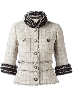 Shop Chanel Vintage fringed tweed jacket in Rewind Vintage Affairs from the world's best independent boutiques at farfetch.com. Shop 400 boutiques at one address.