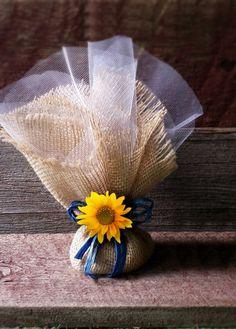 Wrap treats in burlap and tulle for a pretty wedding favor. Cowgirl Wedding, Woodland Wedding, Rustic Wedding, Our Wedding, Dream Wedding, Cowboy Weddings, Western Weddings, Barn Weddings, Outdoor Weddings