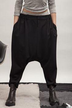 Pantalon-sarouel noir, ALBUM DI FAMIGLIA