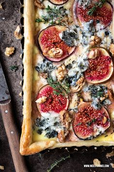 recipeforpizzadough feigenquiche roquefort walnuts recipe quiche feigen hearty things nicest syrup maple thyme tart with Fig tart recipe with roquefort walnuts thyme and maple syrup nicest things Fig Quiche RecipeYou can find Syrup and more on our website Tart Recipes, Deep Dish Pizza Crust Recipe, Cheap Meals, Easy Meals, Cheap Recipes, Pizza Cake, Vegan Breakfast Recipes, Dough Recipe, Gourmet