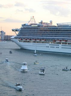 Caribbean Princess arriving in port