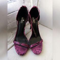 f70f63e68d5a HOT PINK SNAKE PRINT HEELS • Hot pink stiletto heels print - Depop Pink  Snake,