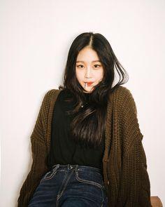 Take These Tips To Heart – Designer Fashion Tips Korean Girl Fashion, Korea Fashion, Pretty Korean Girls, Beautiful Asian Girls, Korean Best Friends, Mixed Models, Girl Korea, Ulzzang Korean Girl, Uzzlang Girl