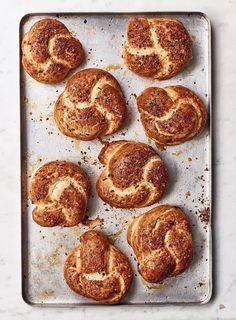 Baked Pretzels, Savoury Baking, Bread Baking, Croissants, Nadiya Hussain Recipes, Baked Onions, British Baking, Pastel, Kitchens