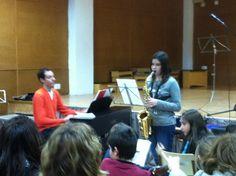 Núria acompanyada per Enric durant l'audició de Repertori (25-3-2013).