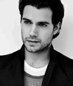 Henry Cavill, remember him in The Tudors ? Loved him in Whatever works, but behold people, this young man will be our new Superman...