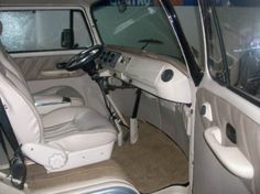 Interior front - VW Kombi Porsche Dacon 814
