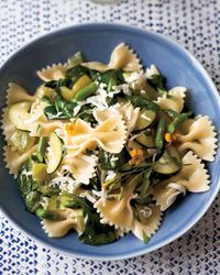 Farfalle with Tomatoes and Green Vegetables // More Healthy Pastas: http://fandw.me/OqL