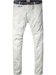 Loose taper chino with denim waistband | Pants | Men Clothing at Scotch & Soda