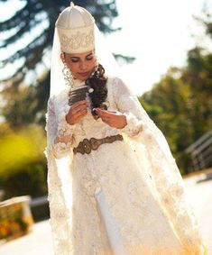 This towering white hat is typical of Circassian (aka Adyghe) brides in Northern Caucasus -- but it's not so big that it obscures her insanely gorgeous, flower-strewn fishtail braid. Bridal Beauty, Wedding Beauty, Wedding Makeup, Prom Makeup, Chignon Wedding, Bridal Updo, Braided Hairstyles Updo, Wedding Hairstyles, Updo Hairstyle