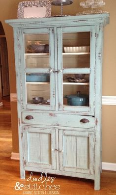 "Shabby Chic cabinet Dorotha Pie Safe ""Duck Egg Blue"" Annie Sloan Chalk Paint ♥ white on the inside helps to display bakeware Annie Sloan Chalk Paint White, Duck Egg Blue Annie Sloan, Annie Sloan Paints, White Chalk, Duck Egg Blue Chalk Paint, Distressed Furniture, Repurposed Furniture, Shabby Chic Furniture, Distressed Hutch"