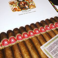 #cohiba #habana #cuba #bhk52 #bhk56 #bhk54 #hoyodemonterrey #partagas #punch #bolivar #romeoyjulieta #trinidad #montecristo #juanlopez #toscano #robaina #hupmann #ramonallones #gurkha #cigars #cigarette #smoke #cigarporn #smoking #cıgarlife #cohibahabana #habanos by cohibahabana