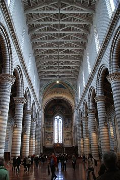 cathedrial Orvieto Italy | Orvieto Cathedral - Interior view images