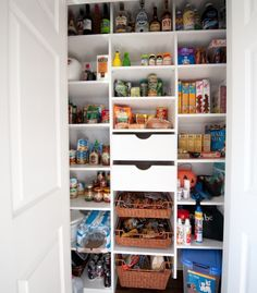 using bookcases in kitchens diy pantry using ikea billy bookcases for the home k che. Black Bedroom Furniture Sets. Home Design Ideas