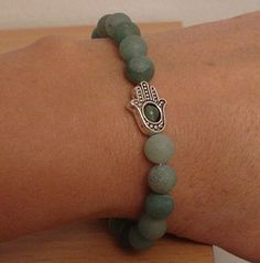 Hamsa bracelet - Stretch bracelet - Aventurine bracelet Stretch Bracelets, Beaded Bracelets, Hamsa, Quartz, Trending Outfits, Unique Jewelry, Handmade Gifts, Etsy, Vintage