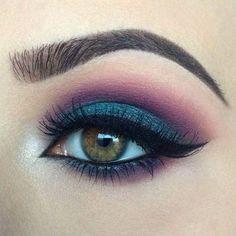 Soft winged liner Makeup ideas Makeup inspiration Eye makeup Eyeliner cat& eye in 2020 Makeup Eye Looks, Eye Makeup Art, Smokey Eye Makeup, Skin Makeup, Eyeshadow Makeup, Makeup Inspo, Makeup Inspiration, Makeup Ideas, Makeup Trends