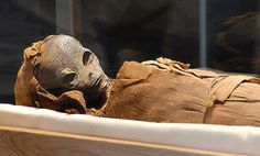 """A mysterious creature from between 150 and 160 centimeters was found by an archaeologist near Lahun when exploring a small pyramid near the Dynasty doceaba of Senusret II. """"The mummy of what appears to be an alien, dates back more than 2000 years and it seems it would be a humanoid"""" said a source at the Egyptian Antiquities Department, who provided details and photographs of the find but did so under condition anonymity. """""""