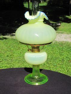 FENTON ART GLASS 2000 TOPAZ OPALESCENT COBALT CREST GRAND VERTIQUE ALADDIN LAMP